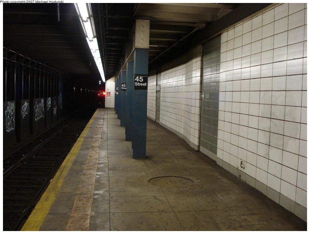 (145k, 1044x788)<br><b>Country:</b> United States<br><b>City:</b> New York<br><b>System:</b> New York City Transit<br><b>Line:</b> BMT 4th Avenue<br><b>Location:</b> 45th Street <br><b>Photo by:</b> Michael Hodurski<br><b>Date:</b> 2/22/2007<br><b>Notes:</b> Platform view.<br><b>Viewed (this week/total):</b> 1 / 2153