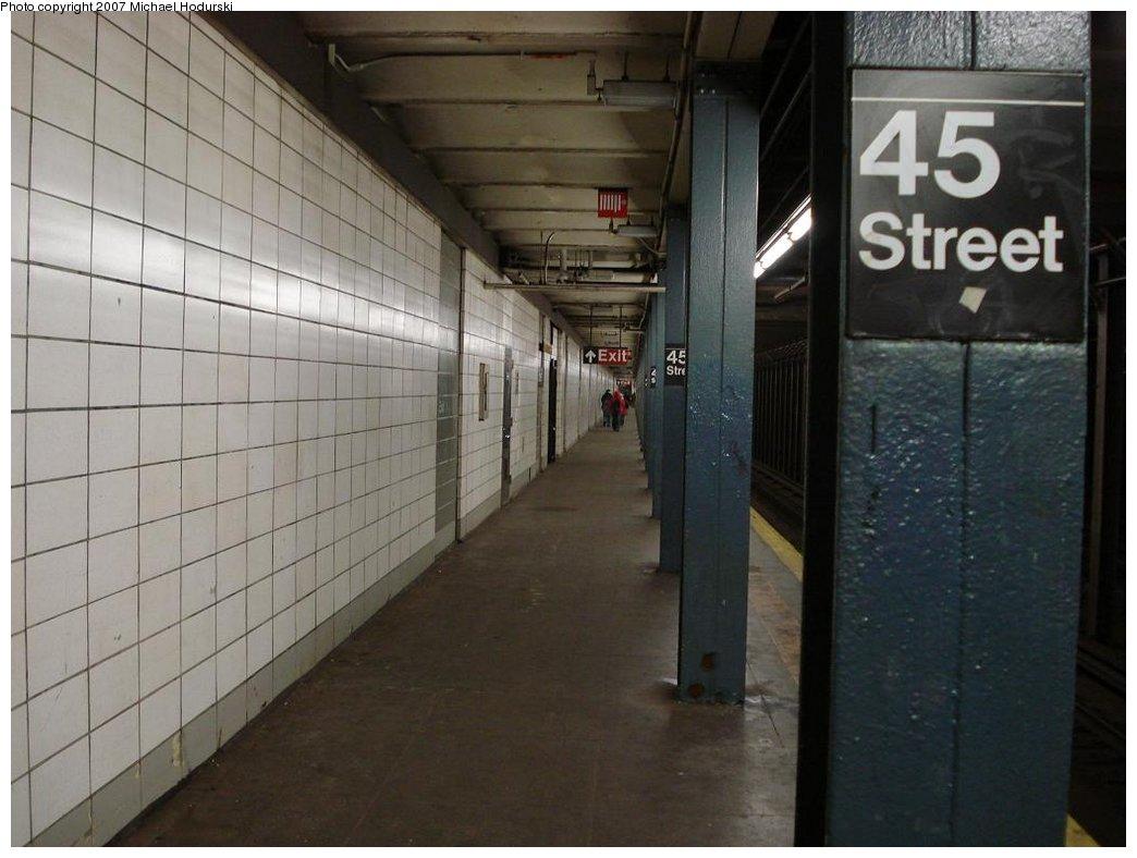 (144k, 1044x788)<br><b>Country:</b> United States<br><b>City:</b> New York<br><b>System:</b> New York City Transit<br><b>Line:</b> BMT 4th Avenue<br><b>Location:</b> 45th Street <br><b>Photo by:</b> Michael Hodurski<br><b>Date:</b> 2/22/2007<br><b>Notes:</b> Platform view.<br><b>Viewed (this week/total):</b> 2 / 1899