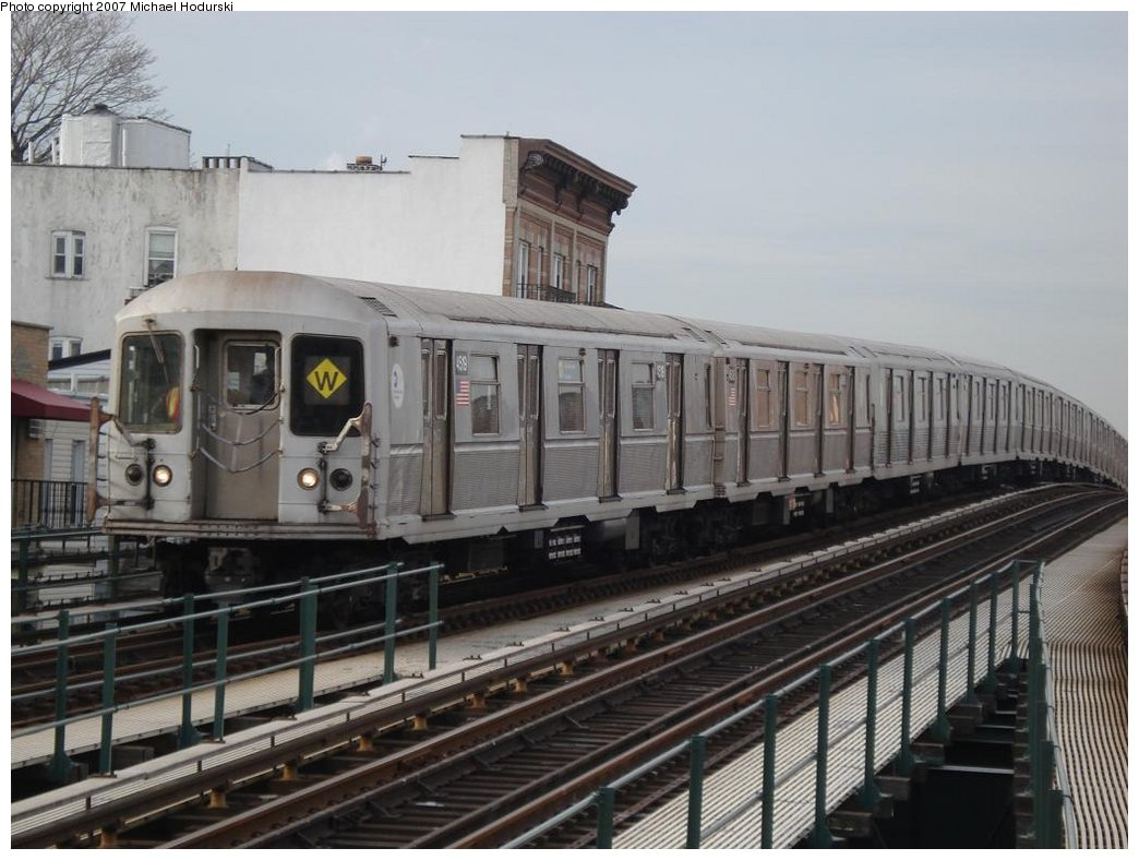 (161k, 1044x788)<br><b>Country:</b> United States<br><b>City:</b> New York<br><b>System:</b> New York City Transit<br><b>Line:</b> BMT Astoria Line<br><b>Location:</b> Astoria Boulevard/Hoyt Avenue <br><b>Route:</b> W<br><b>Car:</b> R-40M (St. Louis, 1969)  4519 <br><b>Photo by:</b> Michael Hodurski<br><b>Date:</b> 2/22/2007<br><b>Viewed (this week/total):</b> 1 / 3340