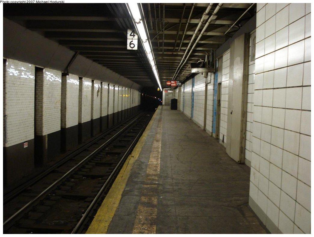 (149k, 1044x788)<br><b>Country:</b> United States<br><b>City:</b> New York<br><b>System:</b> New York City Transit<br><b>Line:</b> BMT 4th Avenue<br><b>Location:</b> Prospect Avenue <br><b>Photo by:</b> Michael Hodurski<br><b>Date:</b> 2/22/2007<br><b>Notes:</b> Platform view.<br><b>Viewed (this week/total):</b> 2 / 2313