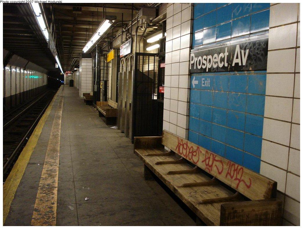 (176k, 1044x788)<br><b>Country:</b> United States<br><b>City:</b> New York<br><b>System:</b> New York City Transit<br><b>Line:</b> BMT 4th Avenue<br><b>Location:</b> Prospect Avenue <br><b>Photo by:</b> Michael Hodurski<br><b>Date:</b> 2/22/2007<br><b>Notes:</b> Platform view, fare control.<br><b>Viewed (this week/total):</b> 0 / 2231