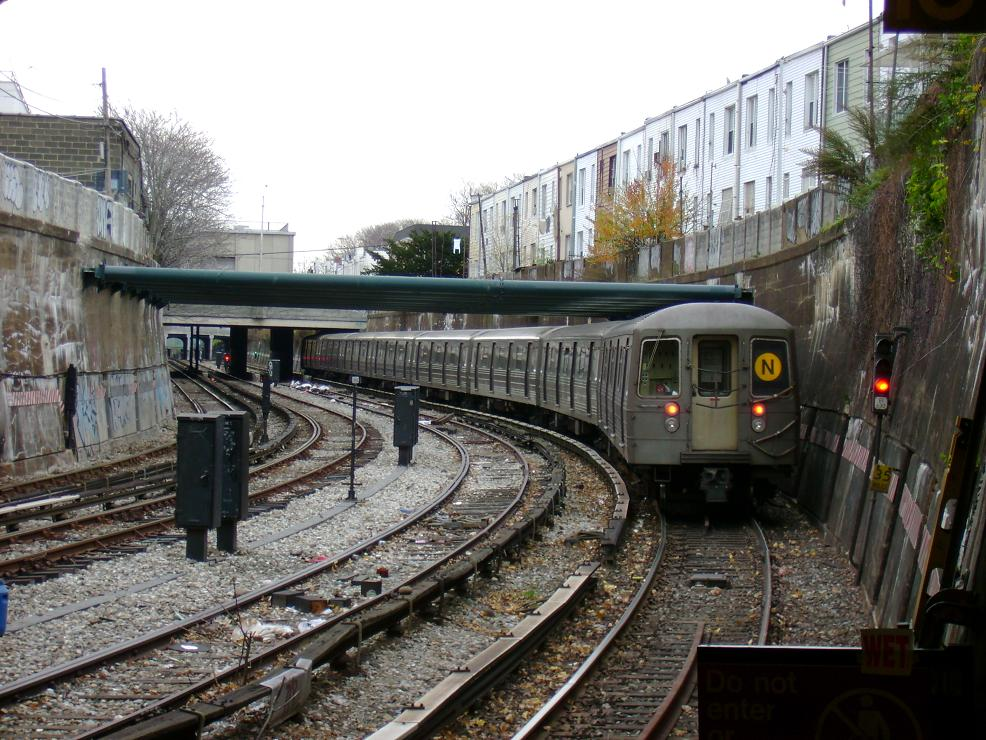 (166k, 986x740)<br><b>Country:</b> United States<br><b>City:</b> New York<br><b>System:</b> New York City Transit<br><b>Line:</b> BMT Sea Beach Line<br><b>Location:</b> New Utrecht Avenue <br><b>Route:</b> N<br><b>Car:</b> R-68A (Kawasaki, 1988-1989)   <br><b>Photo by:</b> Pablo Maneiro<br><b>Date:</b> 11/18/2006<br><b>Viewed (this week/total):</b> 5 / 2677