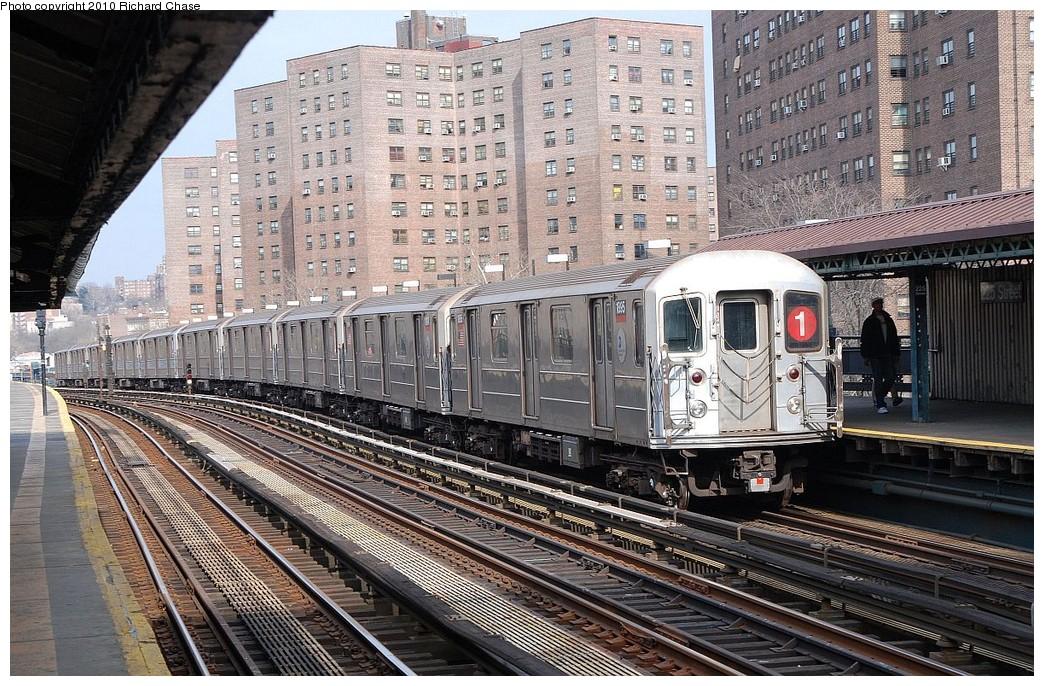 (286k, 1044x686)<br><b>Country:</b> United States<br><b>City:</b> New York<br><b>System:</b> New York City Transit<br><b>Line:</b> IRT West Side Line<br><b>Location:</b> 225th Street <br><b>Route:</b> 1<br><b>Car:</b> R-62A (Bombardier, 1984-1987)  1995 <br><b>Photo by:</b> Richard Chase<br><b>Date:</b> 3/25/2010<br><b>Viewed (this week/total):</b> 3 / 1112