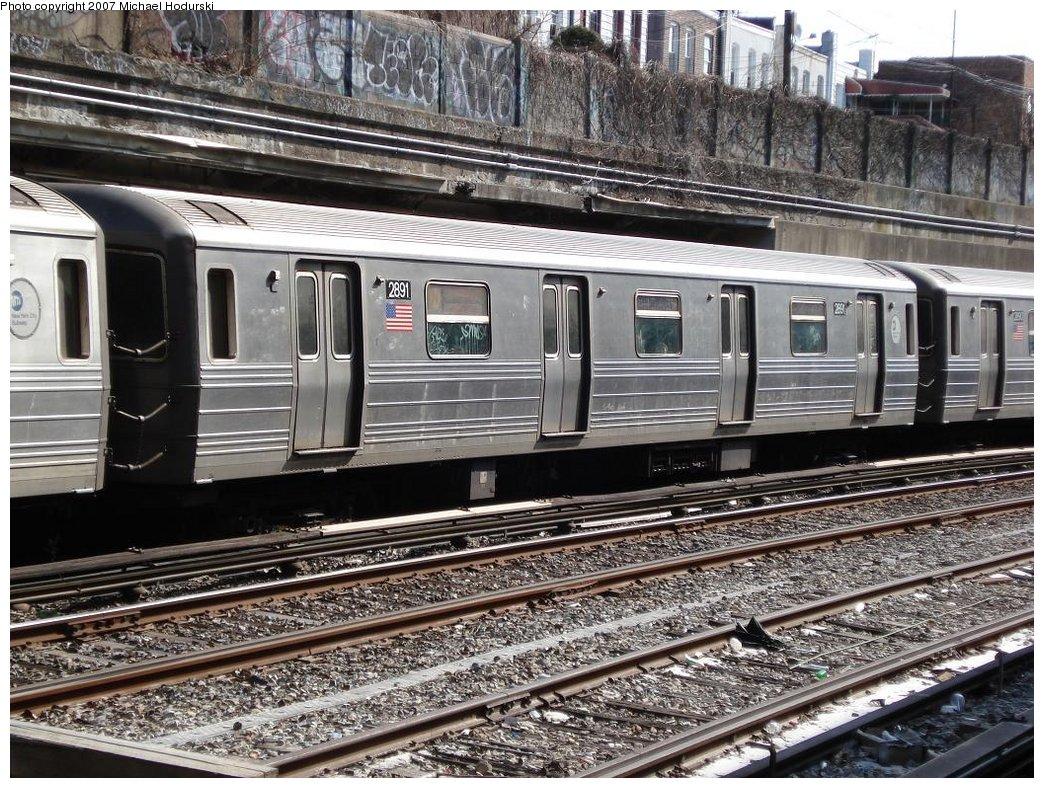 (270k, 1044x788)<br><b>Country:</b> United States<br><b>City:</b> New York<br><b>System:</b> New York City Transit<br><b>Line:</b> BMT Sea Beach Line<br><b>Location:</b> 20th Avenue <br><b>Route:</b> N<br><b>Car:</b> R-68 (Westinghouse-Amrail, 1986-1988)  2891 <br><b>Photo by:</b> Michael Hodurski<br><b>Date:</b> 2/23/2007<br><b>Viewed (this week/total):</b> 0 / 1547