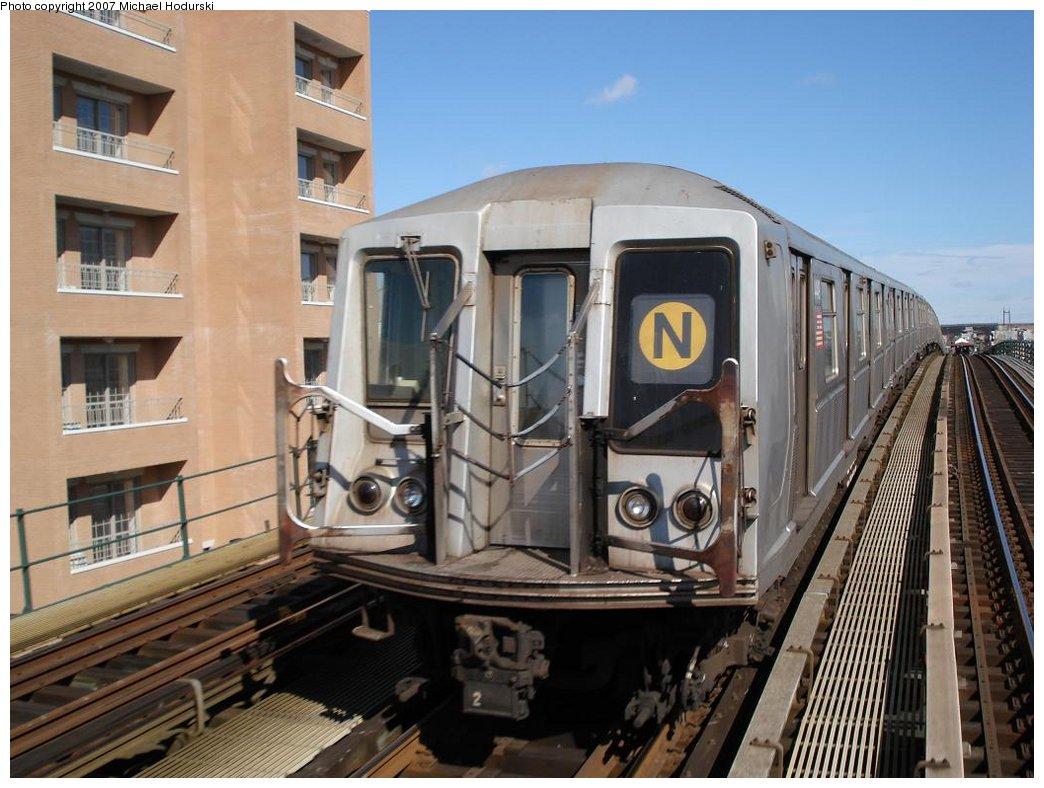 (179k, 1044x788)<br><b>Country:</b> United States<br><b>City:</b> New York<br><b>System:</b> New York City Transit<br><b>Line:</b> BMT Astoria Line<br><b>Location:</b> 30th/Grand Aves. <br><b>Route:</b> N<br><b>Car:</b> R-40 (St. Louis, 1968)  4449 <br><b>Photo by:</b> Michael Hodurski<br><b>Date:</b> 2/23/2007<br><b>Viewed (this week/total):</b> 3 / 2203
