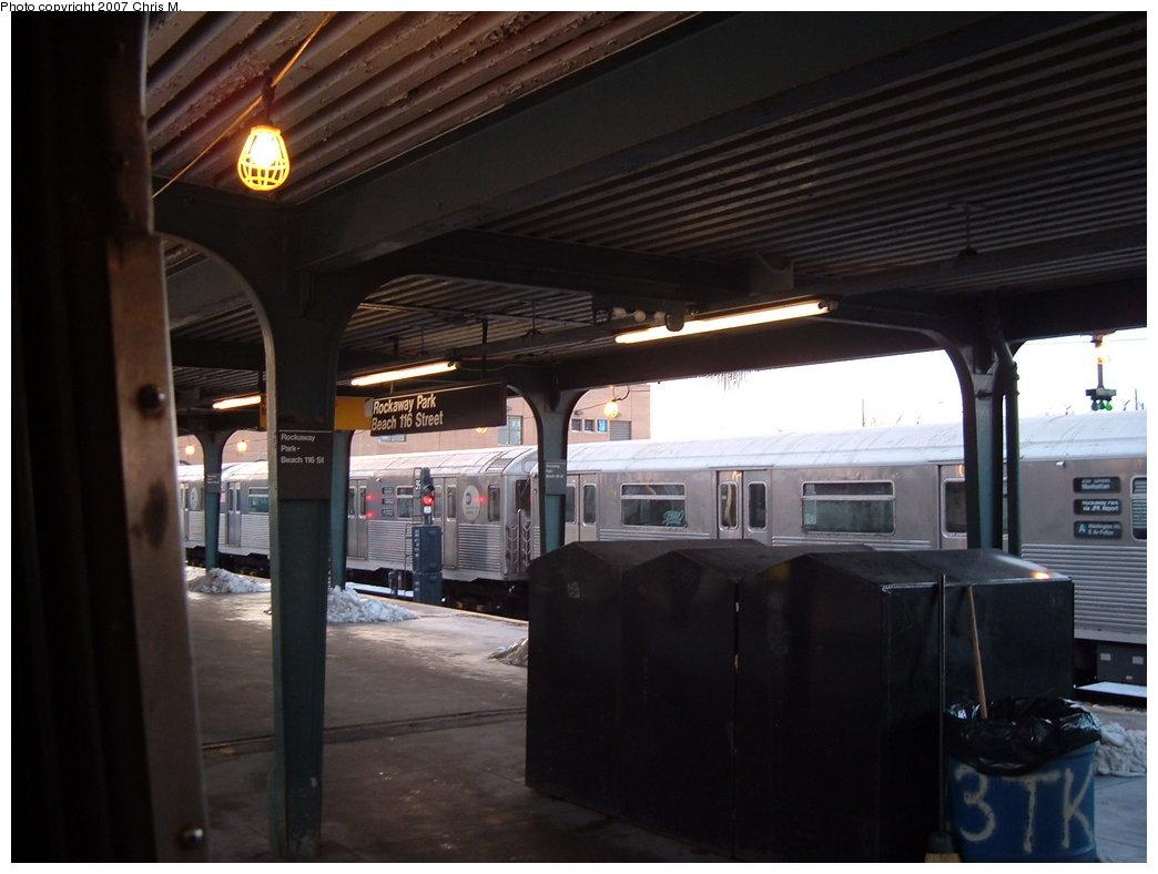 (138k, 1044x788)<br><b>Country:</b> United States<br><b>City:</b> New York<br><b>System:</b> New York City Transit<br><b>Line:</b> IND Rockaway<br><b>Location:</b> Rockaway Park/Beach 116th Street <br><b>Photo by:</b> Chris M.<br><b>Date:</b> 2/18/2007<br><b>Viewed (this week/total):</b> 2 / 1776