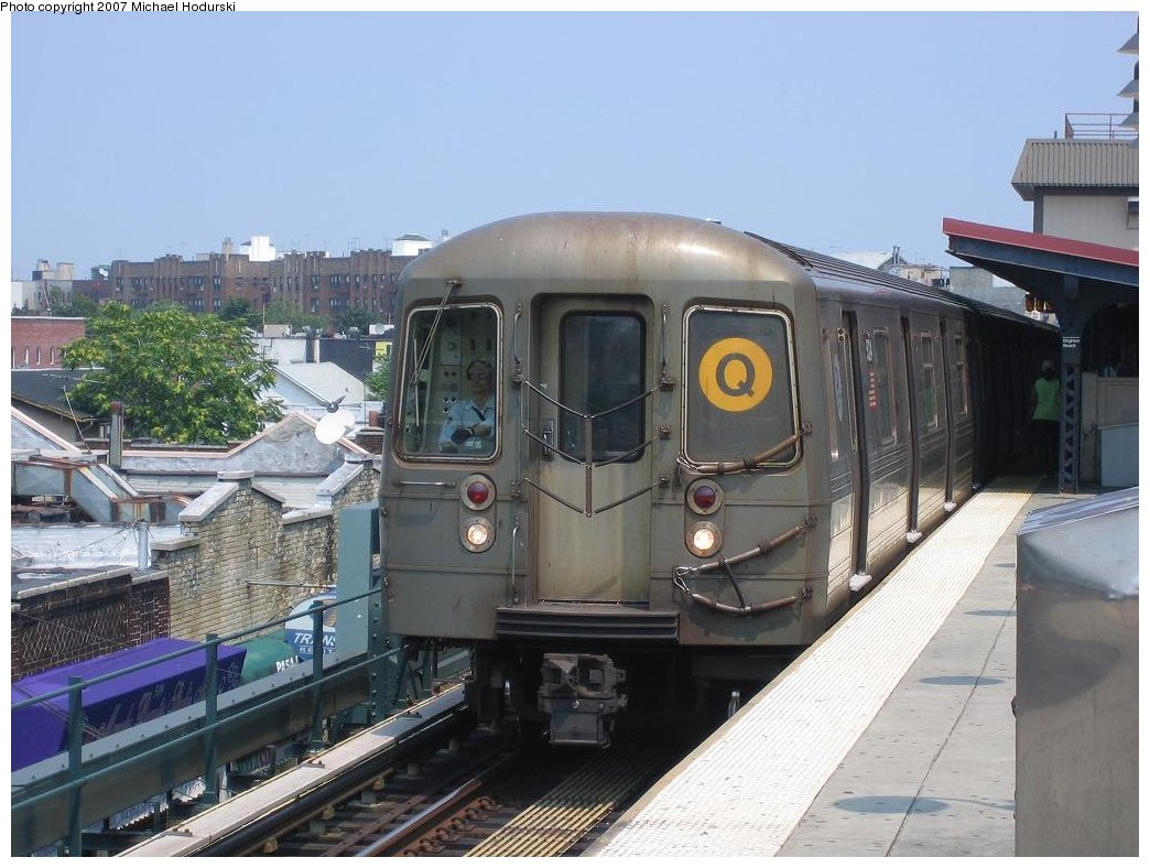 (168k, 1044x788)<br><b>Country:</b> United States<br><b>City:</b> New York<br><b>System:</b> New York City Transit<br><b>Line:</b> BMT Brighton Line<br><b>Location:</b> Brighton Beach <br><b>Route:</b> Q<br><b>Car:</b> R-68A (Kawasaki, 1988-1989)  5024 <br><b>Photo by:</b> Michael Hodurski<br><b>Date:</b> 7/10/2006<br><b>Viewed (this week/total):</b> 0 / 1650