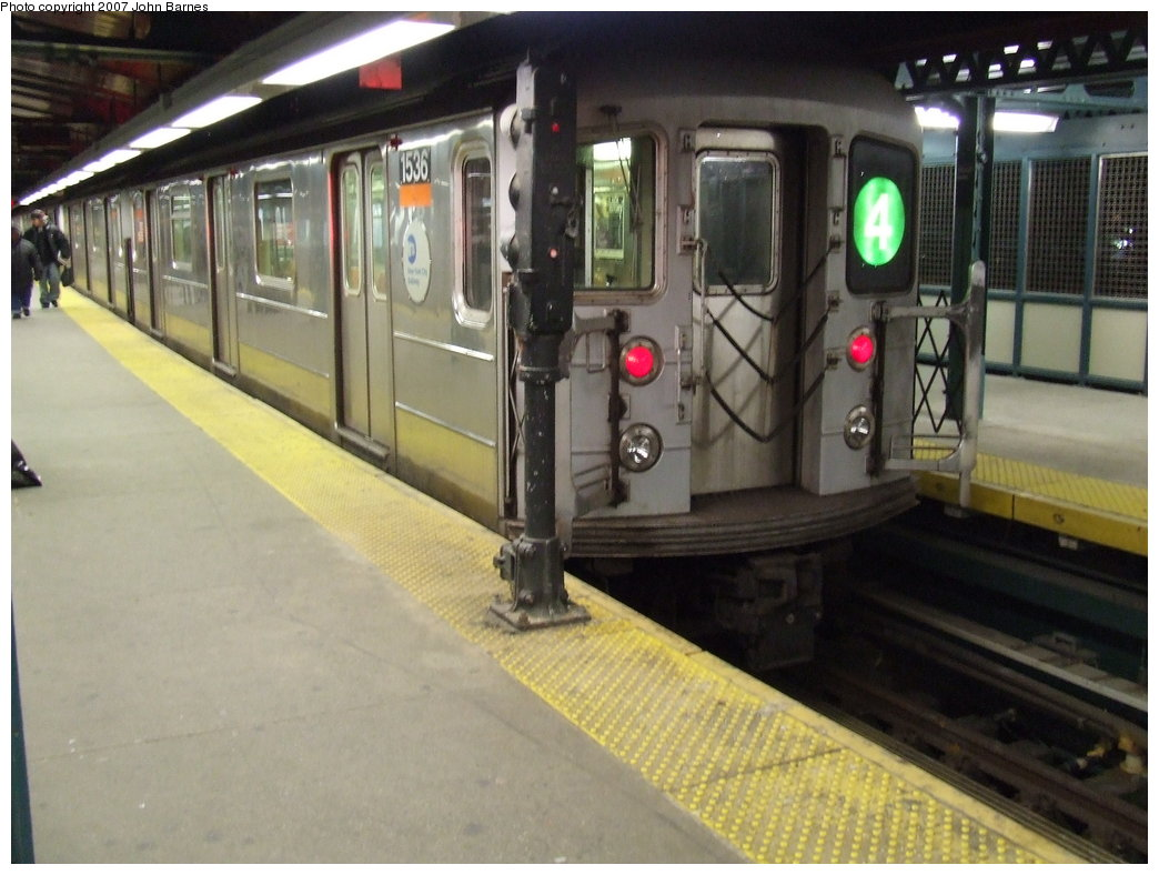 (160k, 1044x788)<br><b>Country:</b> United States<br><b>City:</b> New York<br><b>System:</b> New York City Transit<br><b>Line:</b> IRT Woodlawn Line<br><b>Location:</b> Woodlawn <br><b>Route:</b> 4<br><b>Car:</b> R-62 (Kawasaki, 1983-1985)  1536 <br><b>Photo by:</b> John Barnes<br><b>Date:</b> 2/7/2007<br><b>Viewed (this week/total):</b> 0 / 4955