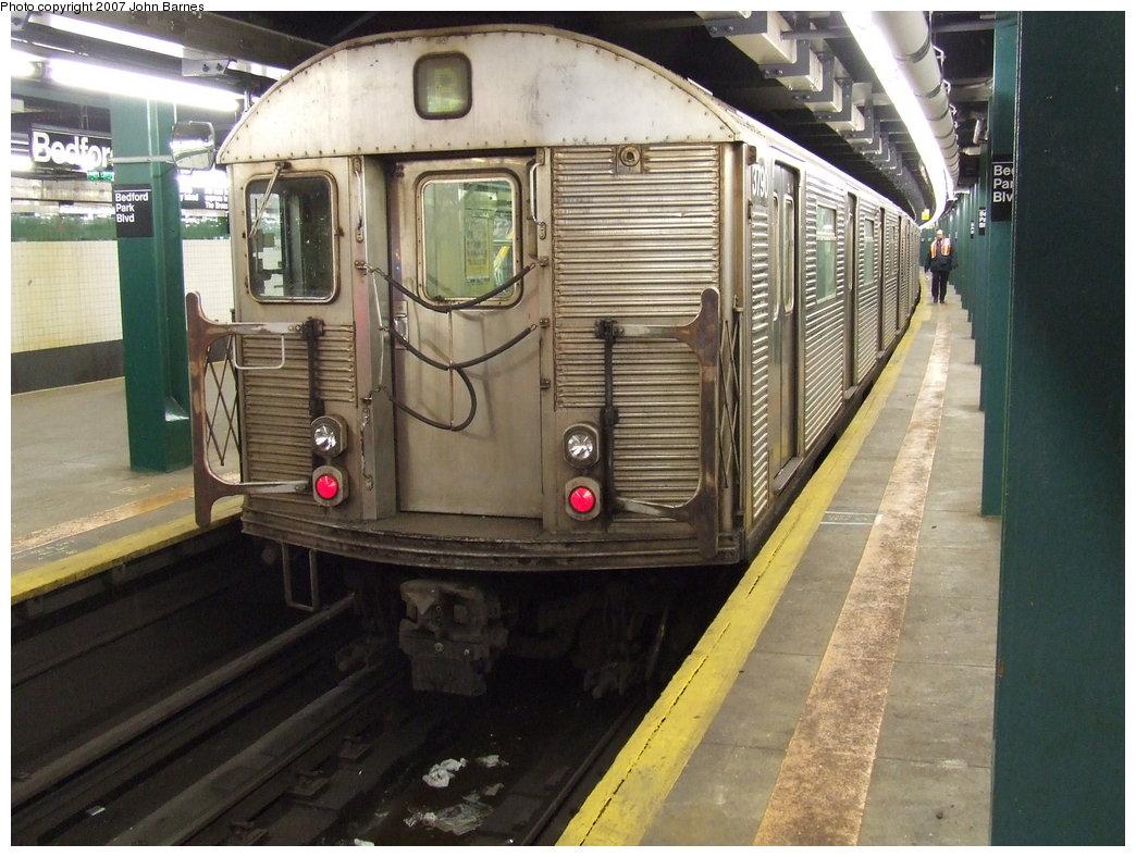 (189k, 1044x788)<br><b>Country:</b> United States<br><b>City:</b> New York<br><b>System:</b> New York City Transit<br><b>Line:</b> IND Concourse Line<br><b>Location:</b> Bedford Park Boulevard <br><b>Route:</b> B<br><b>Car:</b> R-32 (Budd, 1964)  3790 <br><b>Photo by:</b> John Barnes<br><b>Date:</b> 1/23/2007<br><b>Viewed (this week/total):</b> 1 / 3496
