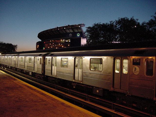 (61k, 640x480)<br><b>Country:</b> United States<br><b>City:</b> New York<br><b>System:</b> New York City Transit<br><b>Line:</b> IRT Flushing Line<br><b>Location:</b> Willets Point/Mets (fmr. Shea Stadium) <br><b>Route:</b> 7<br><b>Car:</b> R-62A (Bombardier, 1984-1987)  1713 <br><b>Photo by:</b> Salaam Allah<br><b>Date:</b> 9/18/2002<br><b>Viewed (this week/total):</b> 2 / 3176