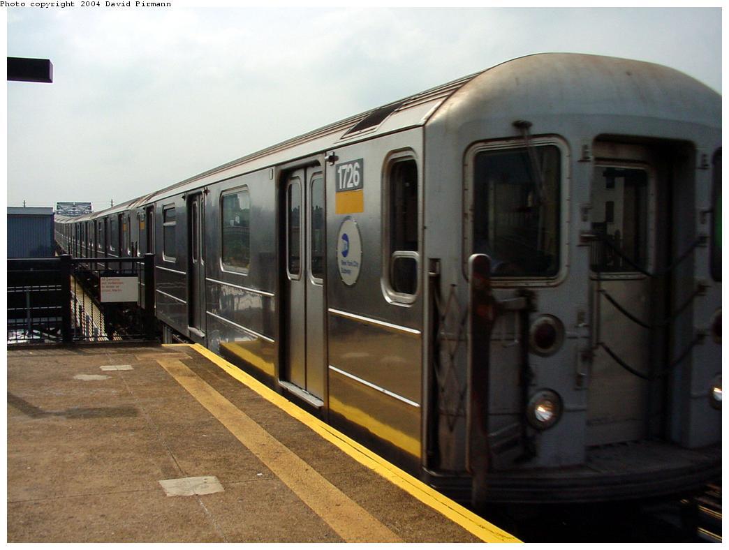 (104k, 1044x788)<br><b>Country:</b> United States<br><b>City:</b> New York<br><b>System:</b> New York City Transit<br><b>Line:</b> IRT Pelham Line<br><b>Location:</b> Whitlock Avenue <br><b>Route:</b> 6<br><b>Car:</b> R-62A (Bombardier, 1984-1987)  1726 <br><b>Photo by:</b> David Pirmann<br><b>Date:</b> 7/4/2001<br><b>Viewed (this week/total):</b> 3 / 4582