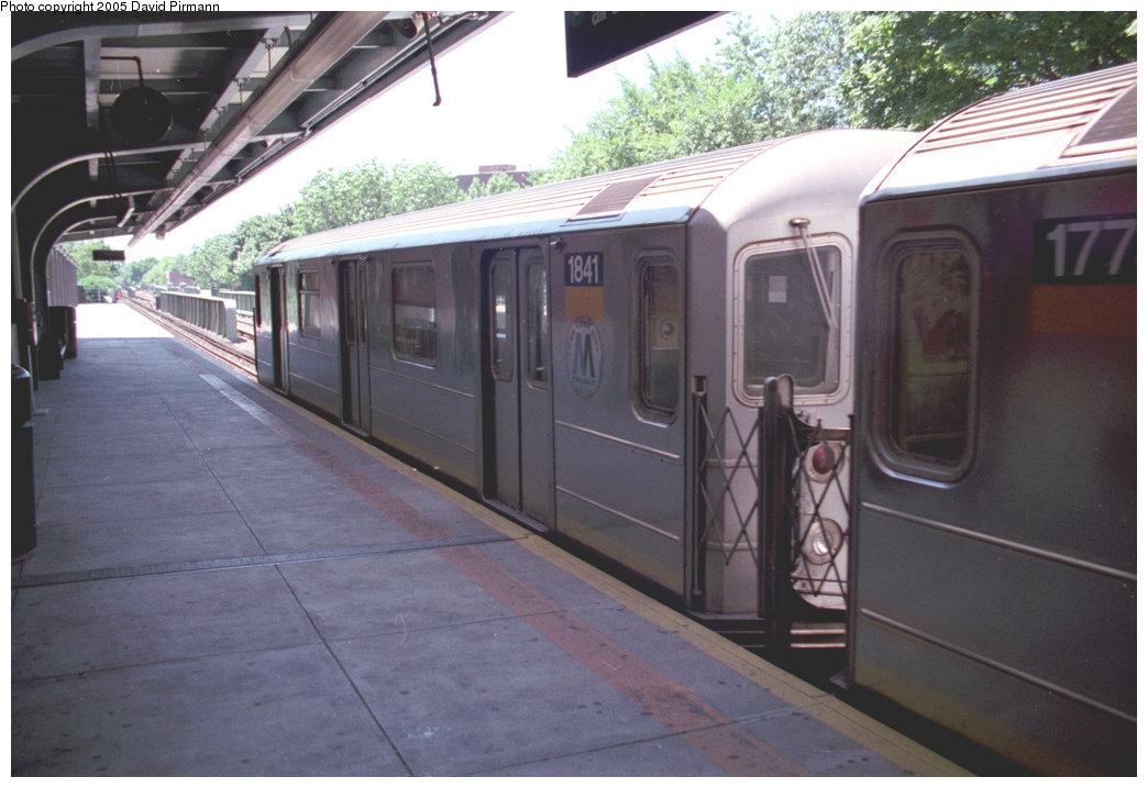 (178k, 1044x717)<br><b>Country:</b> United States<br><b>City:</b> New York<br><b>System:</b> New York City Transit<br><b>Line:</b> IRT Dyre Ave. Line<br><b>Location:</b> Morris Park <br><b>Route:</b> 5<br><b>Car:</b> R-62A (Bombardier, 1984-1987)  1841 <br><b>Photo by:</b> David Pirmann<br><b>Date:</b> 8/1/1998<br><b>Viewed (this week/total):</b> 0 / 7304