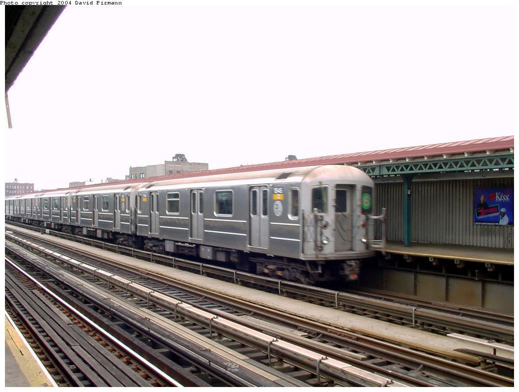 (115k, 1044x788)<br><b>Country:</b> United States<br><b>City:</b> New York<br><b>System:</b> New York City Transit<br><b>Line:</b> IRT Pelham Line<br><b>Location:</b> Whitlock Avenue <br><b>Route:</b> 6<br><b>Car:</b> R-62A (Bombardier, 1984-1987)  1846 <br><b>Photo by:</b> David Pirmann<br><b>Date:</b> 7/4/2001<br><b>Viewed (this week/total):</b> 0 / 4680