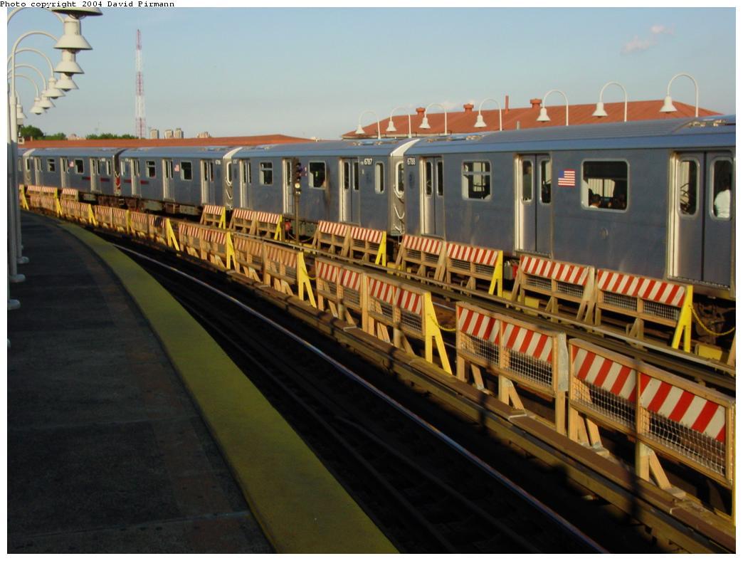 (108k, 1044x788)<br><b>Country:</b> United States<br><b>City:</b> New York<br><b>System:</b> New York City Transit<br><b>Line:</b> IRT White Plains Road Line<br><b>Location:</b> West Farms Sq./East Tremont Ave./177th St. <br><b>Route:</b> 3<br><b>Car:</b> R-62A (Bombardier, 1984-1987)  1853 <br><b>Photo by:</b> David Pirmann<br><b>Date:</b> 8/21/2002<br><b>Viewed (this week/total):</b> 2 / 3918