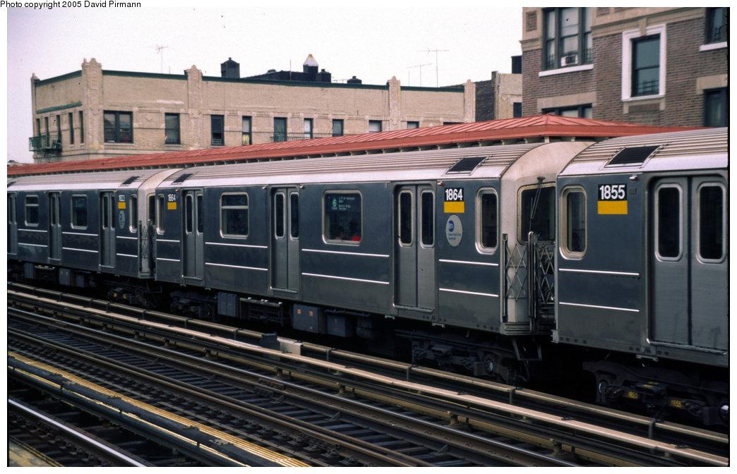 (188k, 1044x672)<br><b>Country:</b> United States<br><b>City:</b> New York<br><b>System:</b> New York City Transit<br><b>Line:</b> IRT Pelham Line<br><b>Location:</b> Elder Avenue <br><b>Route:</b> 6<br><b>Car:</b> R-62A (Bombardier, 1984-1987)  1864 <br><b>Photo by:</b> David Pirmann<br><b>Date:</b> 7/21/1999<br><b>Viewed (this week/total):</b> 2 / 3821