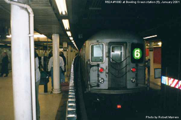 (44k, 600x400)<br><b>Country:</b> United States<br><b>City:</b> New York<br><b>System:</b> New York City Transit<br><b>Line:</b> IRT East Side Line<br><b>Location:</b> Bowling Green <br><b>Route:</b> 6<br><b>Car:</b> R-62A (Bombardier, 1984-1987)  1880 <br><b>Photo by:</b> Robert Marrero<br><b>Date:</b> 1/2001<br><b>Viewed (this week/total):</b> 1 / 9258