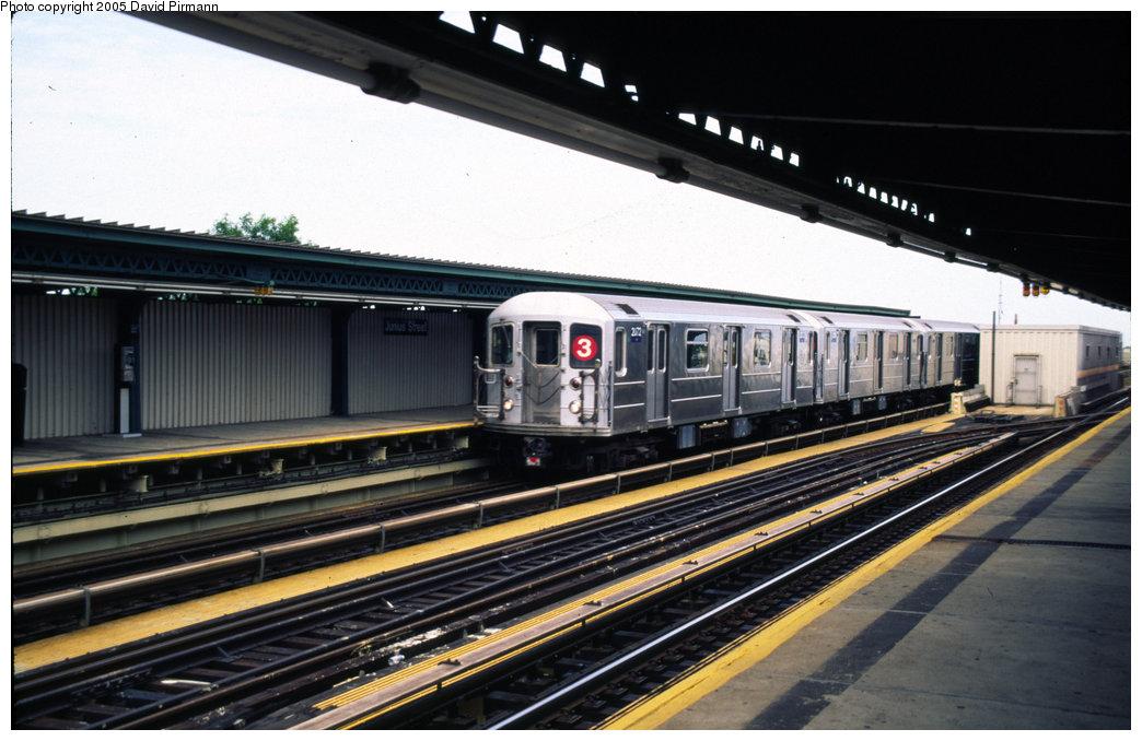 (183k, 1044x678)<br><b>Country:</b> United States<br><b>City:</b> New York<br><b>System:</b> New York City Transit<br><b>Line:</b> IRT Brooklyn Line<br><b>Location:</b> Junius Street <br><b>Route:</b> 3<br><b>Car:</b> R-62A (Bombardier, 1984-1987)  2072 <br><b>Photo by:</b> David Pirmann<br><b>Date:</b> 7/21/1999<br><b>Viewed (this week/total):</b> 1 / 4277