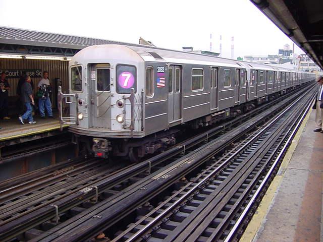 (60k, 640x480)<br><b>Country:</b> United States<br><b>City:</b> New York<br><b>System:</b> New York City Transit<br><b>Line:</b> IRT Flushing Line<br><b>Location:</b> Court House Square/45th Road <br><b>Route:</b> 7<br><b>Car:</b> R-62A (Bombardier, 1984-1987)  2092 <br><b>Photo by:</b> Salaam Allah<br><b>Date:</b> 9/27/2002<br><b>Viewed (this week/total):</b> 1 / 3127