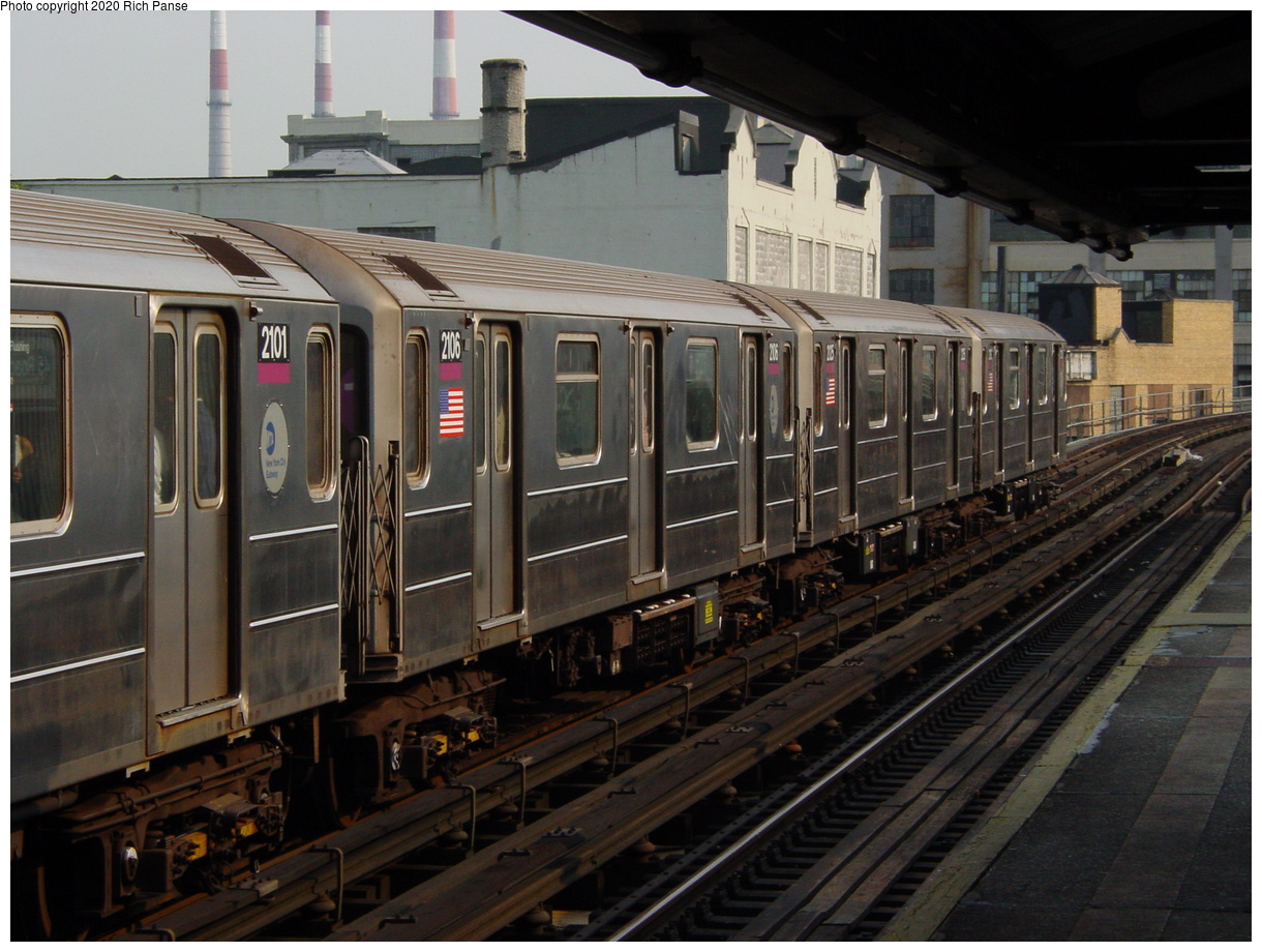 (79k, 820x620)<br><b>Country:</b> United States<br><b>City:</b> New York<br><b>System:</b> New York City Transit<br><b>Line:</b> IRT Flushing Line<br><b>Location:</b> Court House Square/45th Road <br><b>Route:</b> 7<br><b>Car:</b> R-62A (Bombardier, 1984-1987)  2106 <br><b>Photo by:</b> Richard Panse<br><b>Date:</b> 7/18/2002<br><b>Viewed (this week/total):</b> 0 / 3181