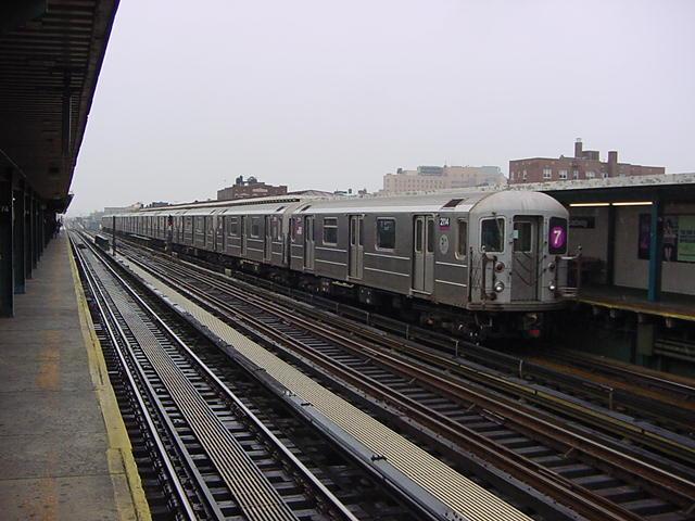 (60k, 640x480)<br><b>Country:</b> United States<br><b>City:</b> New York<br><b>System:</b> New York City Transit<br><b>Line:</b> IRT Flushing Line<br><b>Location:</b> 74th Street/Broadway <br><b>Car:</b> R-62A (Bombardier, 1984-1987)  2114 <br><b>Photo by:</b> Salaam Allah<br><b>Date:</b> 9/26/2002<br><b>Viewed (this week/total):</b> 0 / 3036