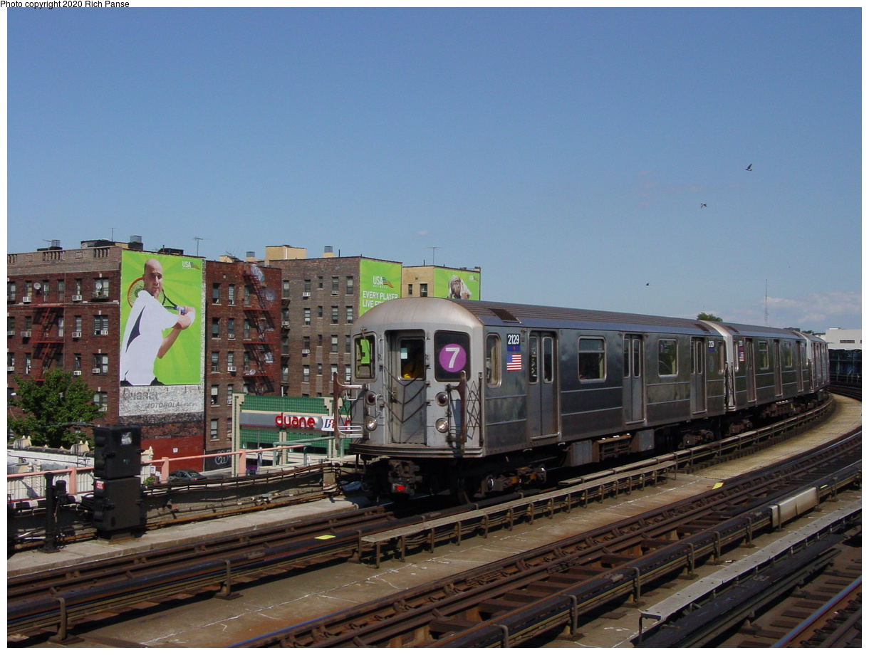(73k, 820x620)<br><b>Country:</b> United States<br><b>City:</b> New York<br><b>System:</b> New York City Transit<br><b>Line:</b> IRT Flushing Line<br><b>Location:</b> 46th Street/Bliss Street <br><b>Route:</b> 7<br><b>Car:</b> R-62A (Bombardier, 1984-1987)  2129 <br><b>Photo by:</b> Richard Panse<br><b>Date:</b> 8/21/2002<br><b>Viewed (this week/total):</b> 1 / 3496