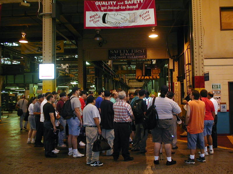 (104k, 800x600)<br><b>Country:</b> United States<br><b>City:</b> New York<br><b>System:</b> New York City Transit<br><b>Location:</b> 207th Street Shop<br><b>Photo by:</b> Todd Glickman<br><b>Date:</b> 9/9/2001<br><b>Viewed (this week/total):</b> 0 / 2666
