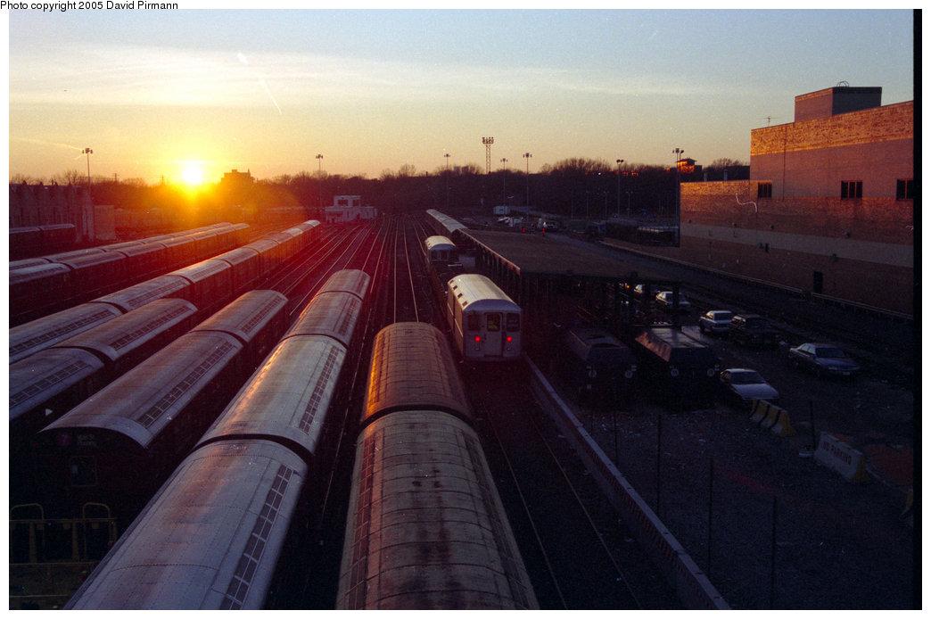 (161k, 1044x694)<br><b>Country:</b> United States<br><b>City:</b> New York<br><b>System:</b> New York City Transit<br><b>Location:</b> Corona Yard<br><b>Photo by:</b> David Pirmann<br><b>Date:</b> 12/16/1995<br><b>Notes:</b> Sunset over Corona Yard<br><b>Viewed (this week/total):</b> 4 / 2880
