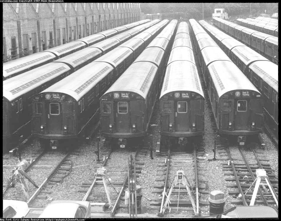 (121k, 951x749)<br><b>Country:</b> United States<br><b>City:</b> New York<br><b>System:</b> New York City Transit<br><b>Location:</b> Corona Yard<br><b>Car:</b> R-36 World's Fair (St. Louis, 1963-64)  <br><b>Photo by:</b> Hank Eisenstein<br><b>Date:</b> 1997<br><b>Viewed (this week/total):</b> 0 / 3645