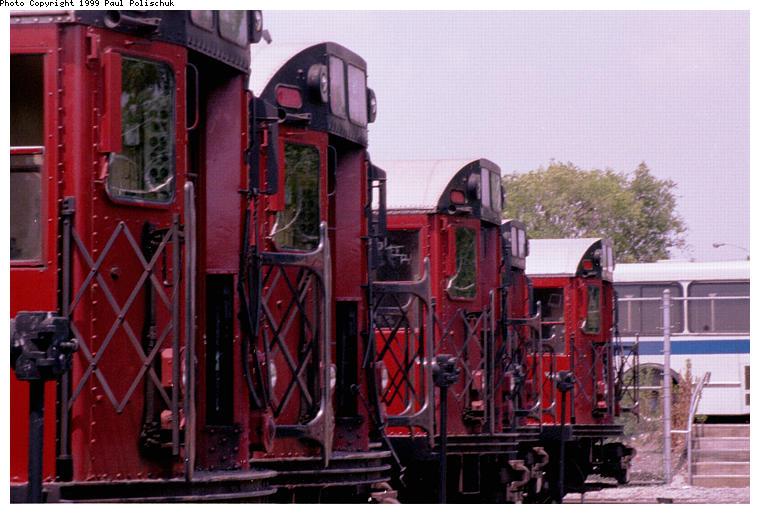 (82k, 760x514)<br><b>Country:</b> United States<br><b>City:</b> New York<br><b>System:</b> New York City Transit<br><b>Location:</b> Corona Yard<br><b>Car:</b> R-36 World's Fair (St. Louis, 1963-64)  <br><b>Photo by:</b> Paul Polischuk<br><b>Date:</b> 6/25/1999<br><b>Viewed (this week/total):</b> 4 / 3826
