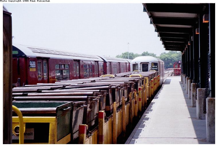 (76k, 760x514)<br><b>Country:</b> United States<br><b>City:</b> New York<br><b>System:</b> New York City Transit<br><b>Location:</b> Corona Yard<br><b>Photo by:</b> Paul Polischuk<br><b>Date:</b> 6/25/1999<br><b>Viewed (this week/total):</b> 4 / 1739