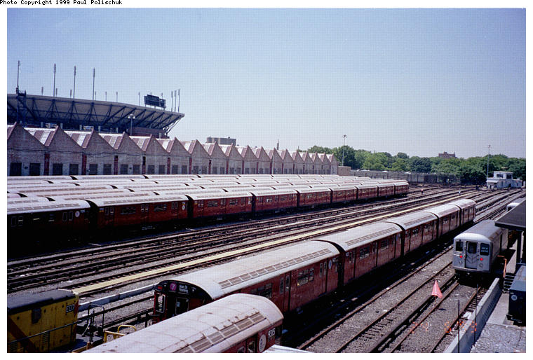 (90k, 760x514)<br><b>Country:</b> United States<br><b>City:</b> New York<br><b>System:</b> New York City Transit<br><b>Location:</b> Corona Yard<br><b>Photo by:</b> Paul Polischuk<br><b>Date:</b> 6/25/1999<br><b>Viewed (this week/total):</b> 0 / 1821