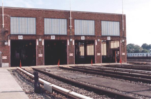 (49k, 593x391)<br><b>Country:</b> United States<br><b>City:</b> New York<br><b>System:</b> New York City Transit<br><b>Location:</b> Jamaica Yard/Shops<br><b>Photo by:</b> Peter Dougherty<br><b>Date:</b> 1998<br><b>Notes:</b> Shop building<br><b>Viewed (this week/total):</b> 2 / 2201