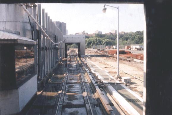 (40k, 579x387)<br><b>Country:</b> United States<br><b>City:</b> New York<br><b>System:</b> New York City Transit<br><b>Location:</b> Jamaica Yard/Shops<br><b>Photo by:</b> Peter Dougherty<br><b>Date:</b> 1998<br><b>Notes:</b> Car wash<br><b>Viewed (this week/total):</b> 0 / 2709