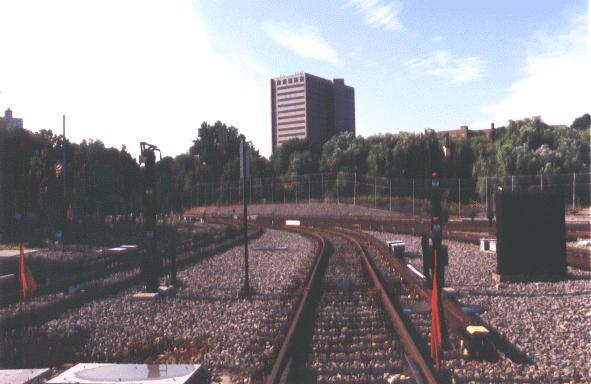 (41k, 591x384)<br><b>Country:</b> United States<br><b>City:</b> New York<br><b>System:</b> New York City Transit<br><b>Location:</b> Jamaica Yard/Shops<br><b>Photo by:</b> Peter Dougherty<br><b>Date:</b> 1998<br><b>Viewed (this week/total):</b> 0 / 1959