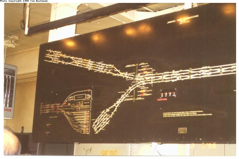 (73k, 824x549)<br><b>Country:</b> United States<br><b>City:</b> New York<br><b>System:</b> New York City Transit<br><b>Location:</b> Jamaica Yard/Shops<br><b>Photo by:</b> Tom Buchanan<br><b>Notes:</b> Jamaica Yard Tower Model Board showing yard leads from Union Turnpike and 71st-Continental Avenues.  Note yard third rail diagram.<br><b>Viewed (this week/total):</b> 0 / 10753