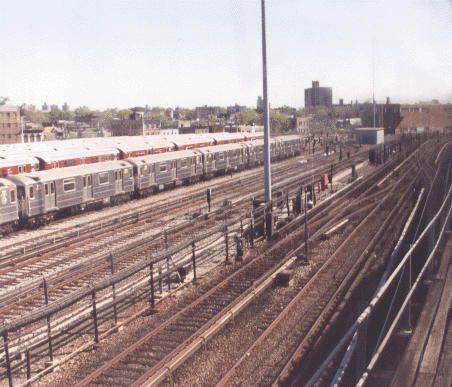 (42k, 452x387)<br><b>Country:</b> United States<br><b>City:</b> New York<br><b>System:</b> New York City Transit<br><b>Location:</b> Unionport Yard<br><b>Photo by:</b> Peter Dougherty<br><b>Date:</b> 1998<br><b>Viewed (this week/total):</b> 0 / 2986