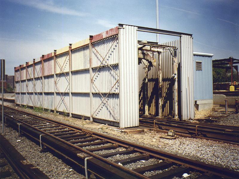 (107k, 800x600)<br><b>Country:</b> United States<br><b>City:</b> New York<br><b>System:</b> New York City Transit<br><b>Location:</b> Westchester Yard<br><b>Photo by:</b> Constantine Steffan<br><b>Date:</b> 9/12/1998<br><b>Notes:</b> Car wash<br><b>Viewed (this week/total):</b> 1 / 1922