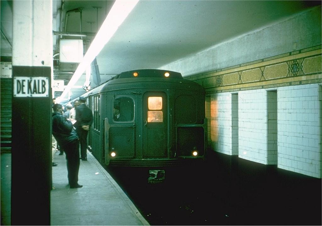 (159k, 1024x721)<br><b>Country:</b> United States<br><b>City:</b> New York<br><b>System:</b> New York City Transit<br><b>Location:</b> DeKalb Avenue<br><b>Route:</b> TT<br><b>Car:</b> BMT A/B-Type Standard 2372 <br><b>Collection of:</b> Joe Testagrose<br><b>Date:</b> 10/12/1964<br><b>Viewed (this week/total):</b> 2 / 3929