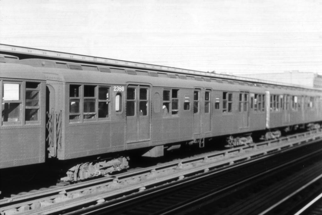 (159k, 1024x673)<br><b>Country:</b> United States<br><b>City:</b> New York<br><b>System:</b> New York City Transit<br><b>Line:</b> BMT Nassau Street/Jamaica Line<br><b>Location:</b> Gates Avenue <br><b>Car:</b> BMT A/B-Type Standard 2380 <br><b>Collection of:</b> Joe Testagrose<br><b>Viewed (this week/total):</b> 0 / 3487