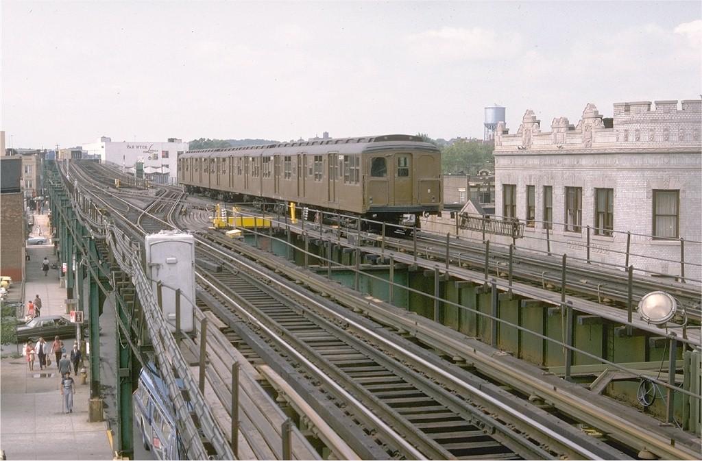 (203k, 1024x673)<br><b>Country:</b> United States<br><b>City:</b> New York<br><b>System:</b> New York City Transit<br><b>Line:</b> BMT Nassau Street/Jamaica Line<br><b>Location:</b> Queens Boulevard (Demolished) <br><b>Route:</b> Fan Trip<br><b>Car:</b> BMT A/B-Type Standard 2390 <br><b>Photo by:</b> Doug Grotjahn<br><b>Collection of:</b> Joe Testagrose<br><b>Date:</b> 9/10/1977<br><b>Viewed (this week/total):</b> 0 / 6663