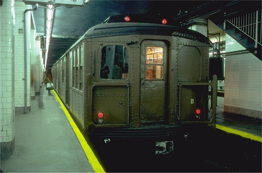 (189k, 1024x678)<br><b>Country:</b> United States<br><b>City:</b> New York<br><b>System:</b> New York City Transit<br><b>Line:</b> BMT Nassau Street/Jamaica Line<br><b>Location:</b> Chambers Street <br><b>Route:</b> Fan Trip<br><b>Car:</b> BMT A/B-Type Standard 2390 <br><b>Photo by:</b> Joe Testagrose<br><b>Date:</b> 3/23/1979<br><b>Viewed (this week/total):</b> 0 / 8424