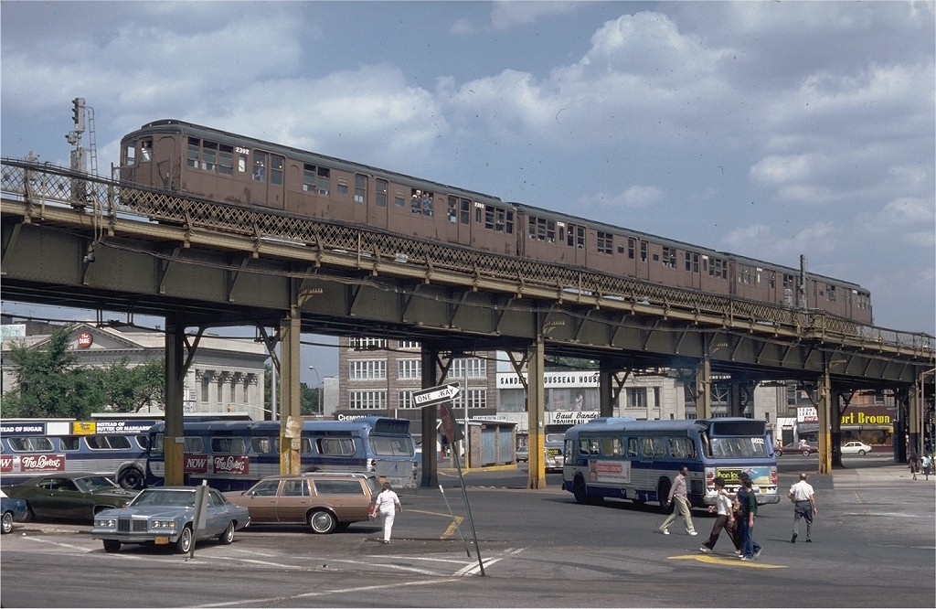 (210k, 1024x666)<br><b>Country:</b> United States<br><b>City:</b> New York<br><b>System:</b> New York City Transit<br><b>Line:</b> BMT Nassau Street/Jamaica Line<br><b>Location:</b> Marcy Avenue <br><b>Route:</b> Fan Trip<br><b>Car:</b> BMT A/B-Type Standard 2392 <br><b>Collection of:</b> Joe Testagrose<br><b>Date:</b> 6/21/1980<br><b>Viewed (this week/total):</b> 0 / 5998