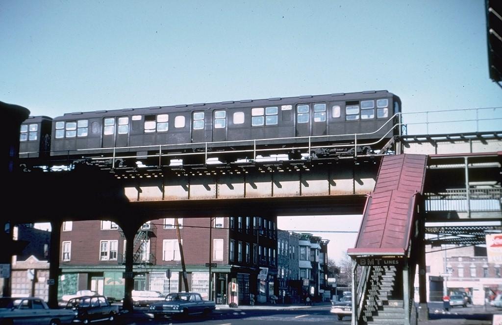 (175k, 1024x664)<br><b>Country:</b> United States<br><b>City:</b> New York<br><b>System:</b> New York City Transit<br><b>Line:</b> BMT Culver Line<br><b>Location:</b> 13th Avenue <br><b>Route:</b> Culver Shuttle<br><b>Car:</b> BMT A/B-Type Standard 2582 <br><b>Photo by:</b> Doug Grotjahn<br><b>Collection of:</b> Joe Testagrose<br><b>Date:</b> 3/23/1969<br><b>Viewed (this week/total):</b> 0 / 7727