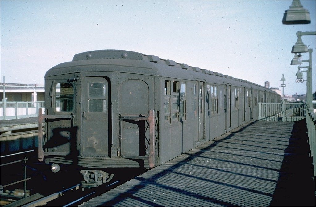 (159k, 1024x672)<br><b>Country:</b> United States<br><b>City:</b> New York<br><b>System:</b> New York City Transit<br><b>Line:</b> BMT Culver Line<br><b>Location:</b> Fort Hamilton Parkway <br><b>Route:</b> Culver Shuttle<br><b>Car:</b> BMT A/B-Type Standard 2584 <br><b>Photo by:</b> Doug Grotjahn<br><b>Collection of:</b> Joe Testagrose<br><b>Date:</b> 3/23/1969<br><b>Viewed (this week/total):</b> 1 / 4578