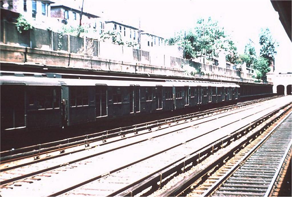 (219k, 1024x690)<br><b>Country:</b> United States<br><b>City:</b> New York<br><b>System:</b> New York City Transit<br><b>Line:</b> BMT Sea Beach Line<br><b>Location:</b> Bay Parkway (22nd Avenue) <br><b>Route:</b> N<br><b>Car:</b> BMT A/B-Type Standard 2607 <br><b>Photo by:</b> Doug Grotjahn<br><b>Collection of:</b> Joe Testagrose<br><b>Date:</b> 5/29/1964<br><b>Viewed (this week/total):</b> 0 / 3099