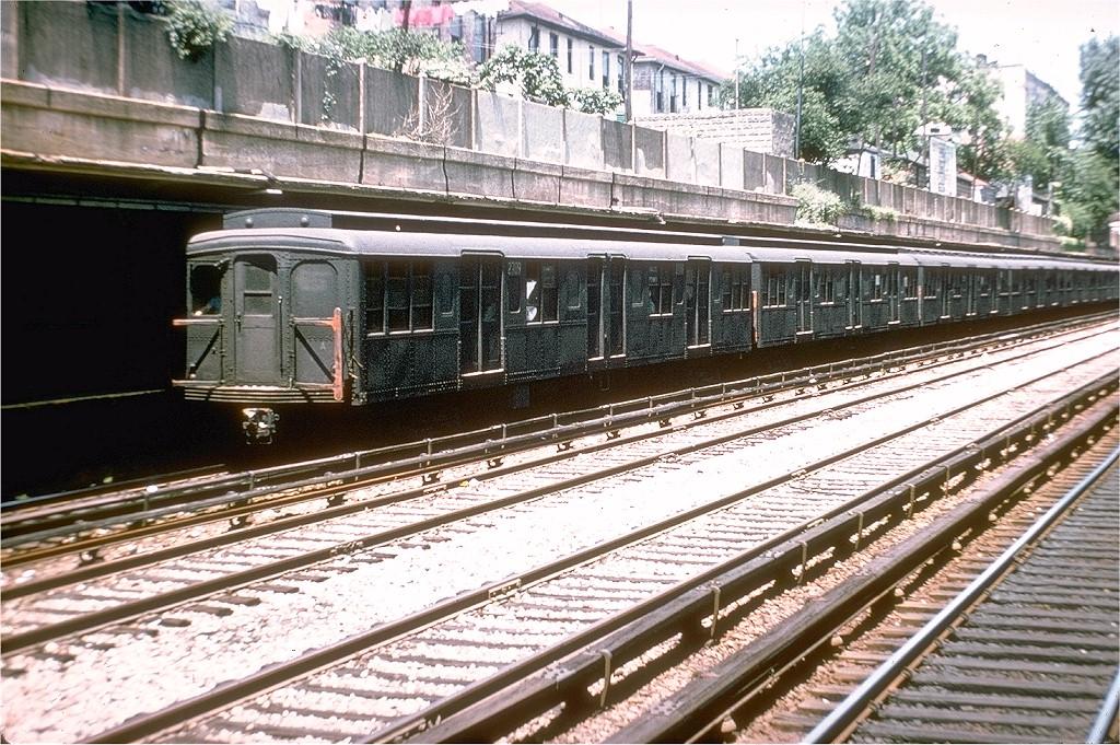(287k, 1024x681)<br><b>Country:</b> United States<br><b>City:</b> New York<br><b>System:</b> New York City Transit<br><b>Line:</b> BMT Sea Beach Line<br><b>Location:</b> Bay Parkway (22nd Avenue) <br><b>Route:</b> N<br><b>Car:</b> BMT A/B-Type Standard 2709 <br><b>Photo by:</b> Doug Grotjahn<br><b>Collection of:</b> Joe Testagrose<br><b>Date:</b> 5/29/1964<br><b>Viewed (this week/total):</b> 0 / 3271