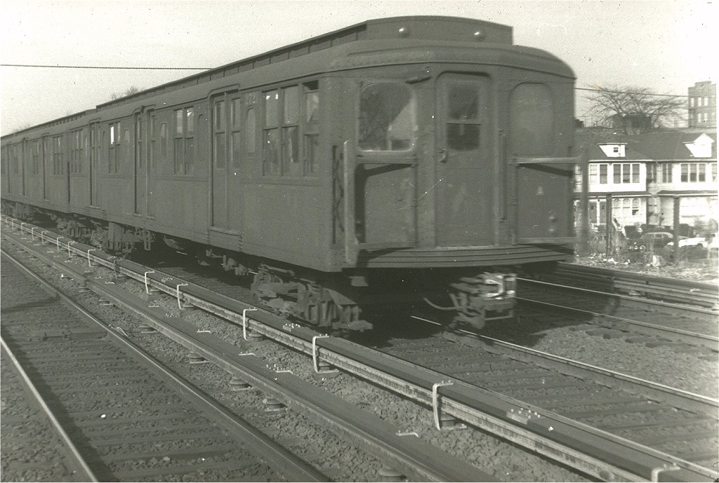 (202k, 1024x689)<br><b>Country:</b> United States<br><b>City:</b> New York<br><b>System:</b> New York City Transit<br><b>Line:</b> BMT Brighton Line<br><b>Location:</b> Avenue U <br><b>Car:</b> BMT A/B-Type Standard 2721 <br><b>Photo by:</b> Harry Pinsker<br><b>Date:</b> 12/30/1958<br><b>Viewed (this week/total):</b> 1 / 3385
