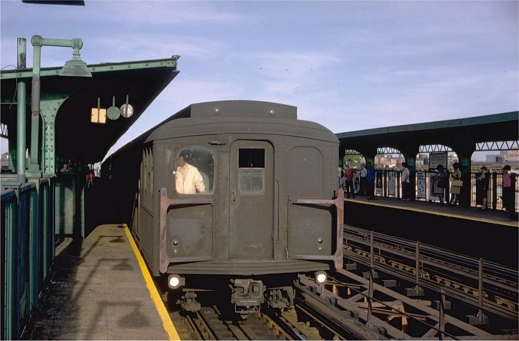 (167k, 1024x673)<br><b>Country:</b> United States<br><b>City:</b> New York<br><b>System:</b> New York City Transit<br><b>Line:</b> BMT Myrtle Avenue Line<br><b>Location:</b> Central Avenue <br><b>Route:</b> M<br><b>Car:</b> BMT A/B-Type Standard 2782 <br><b>Photo by:</b> Doug Grotjahn<br><b>Collection of:</b> Joe Testagrose<br><b>Date:</b> 8/15/1968<br><b>Viewed (this week/total):</b> 0 / 4084