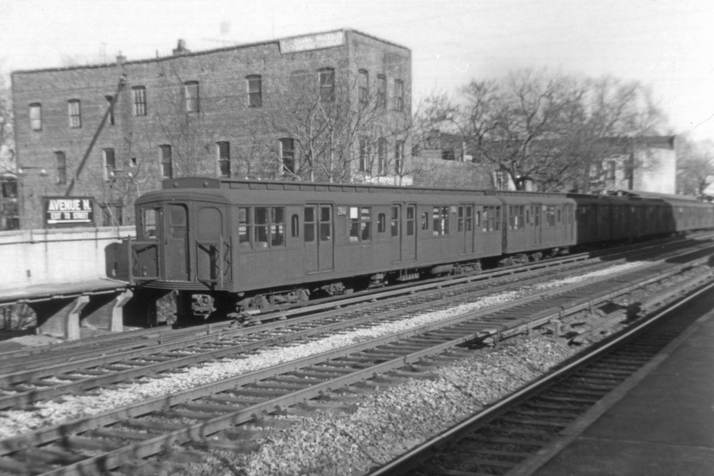 (216k, 1024x683)<br><b>Country:</b> United States<br><b>City:</b> New York<br><b>System:</b> New York City Transit<br><b>Line:</b> BMT Brighton Line<br><b>Location:</b> Avenue M <br><b>Route:</b> M<br><b>Car:</b> BMT A/B-Type Standard 2841 <br><b>Collection of:</b> David Pirmann<br><b>Viewed (this week/total):</b> 0 / 3459