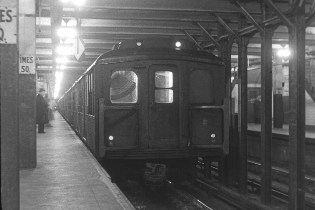 (179k, 1024x683)<br><b>Country:</b> United States<br><b>City:</b> New York<br><b>System:</b> New York City Transit<br><b>Line:</b> BMT Broadway Line<br><b>Location:</b> Times Square/42nd Street <br><b>Car:</b> BMT A/B-Type Standard  <br><b>Collection of:</b> David Pirmann<br><b>Viewed (this week/total):</b> 1 / 4753
